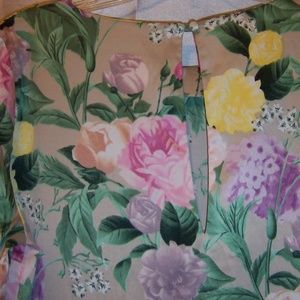H&M Dresses - H&M Silky Floral Long Sleeve Dress
